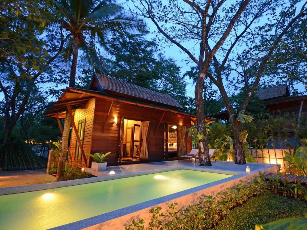 Phuket villa resort